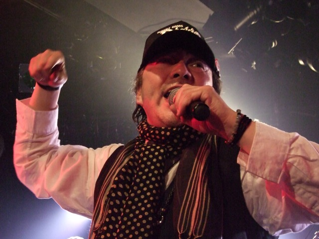 長田栄二さんのライブ: やさしい...